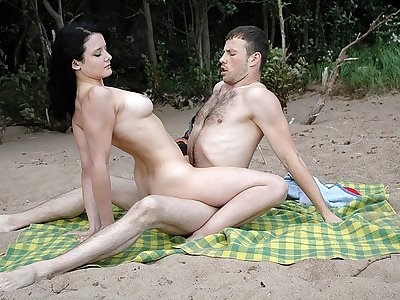 Beach Sex for Hot Chick with Piercing
